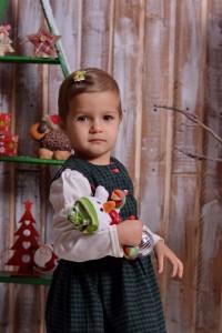 Детска или семейна Коледна фотосесия от професионален фотограф град Варна.