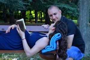Направете си бременна фотосесия в нашето фотостудио.